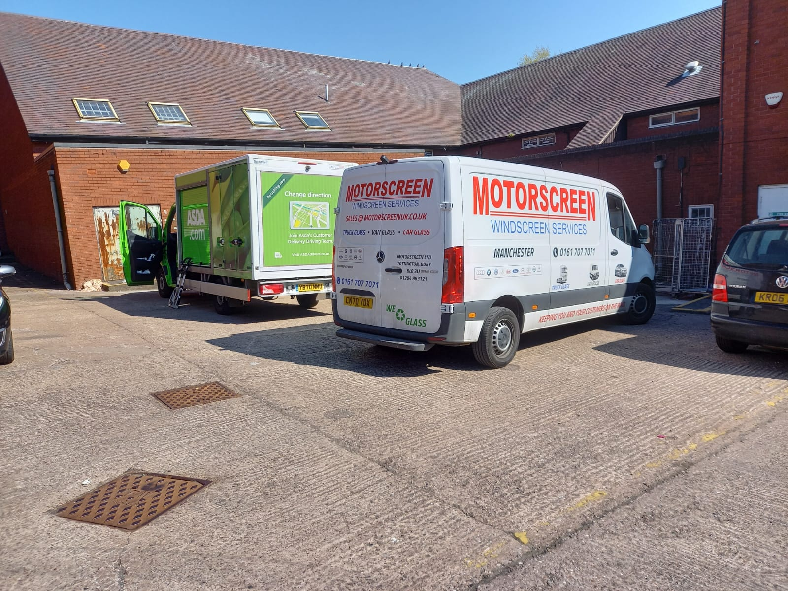 commercial windscreen replacement