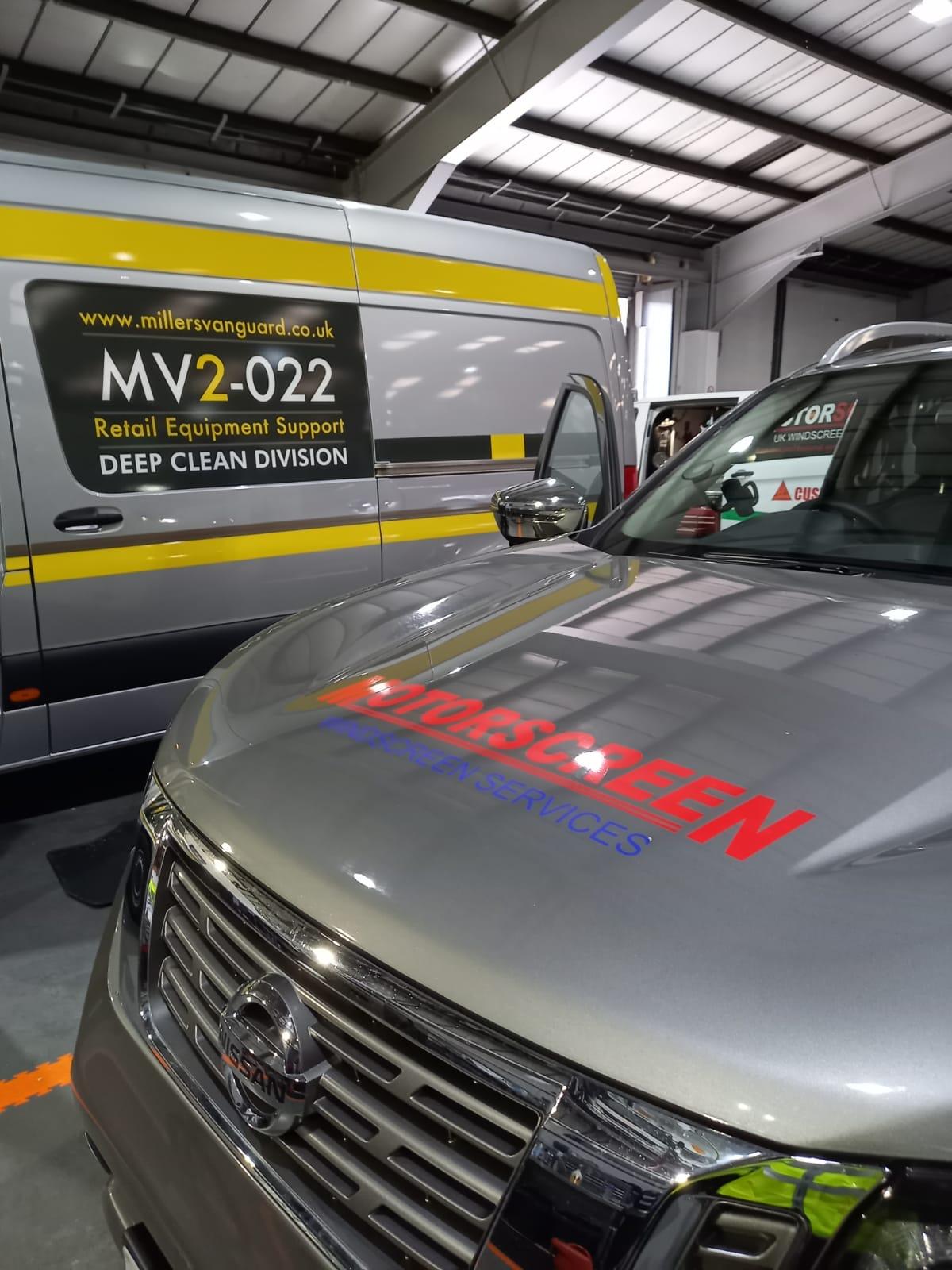 truck windscreen replacement